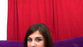 Dahlia Denyle, Teen