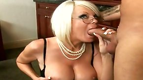 HD Jordan Jolie Sex Tube Blonde Jordan Jolie with big tits and smooth muff