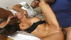 Leslie Taylor, Party, Reality, Sex, Wet